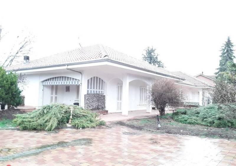 Villa unifamiliare via Luigi Einaudi 20, Valfenera