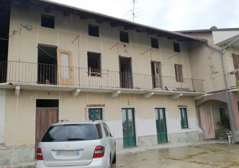 Casa indipendente frazione Carolina, Caluso